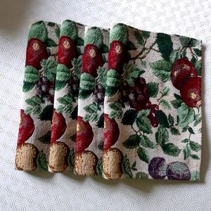 2/25$****Set of 4 Tapestry, colored fruit placemats